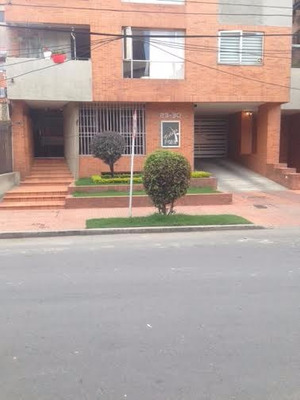 Venta Apartamento Chico Navarra Exterior, Remodelado 2 Pquea
