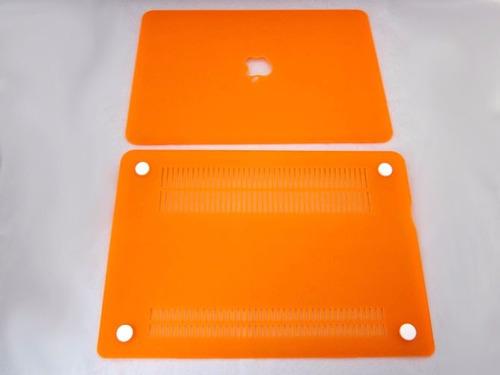 carcasa mate macbook pro 13  negra  - troquel logo, sellada