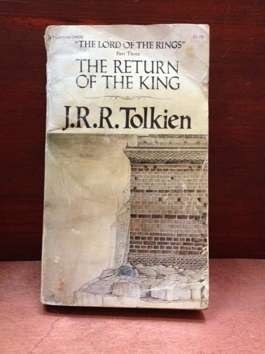 an analysis of lord of the rings return of the king by jrr tolkien Blog about jrr tolkien (some five to eight years after the publication of the return of the king), tolkien began the fragment of the lord of the rings sequel.